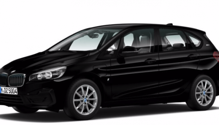 BMW 225xe iPerformance Active Tourer vorne