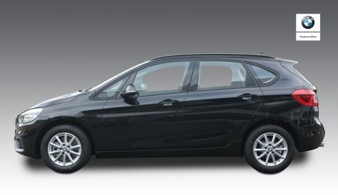 BMW 220i Active Tourer vorne
